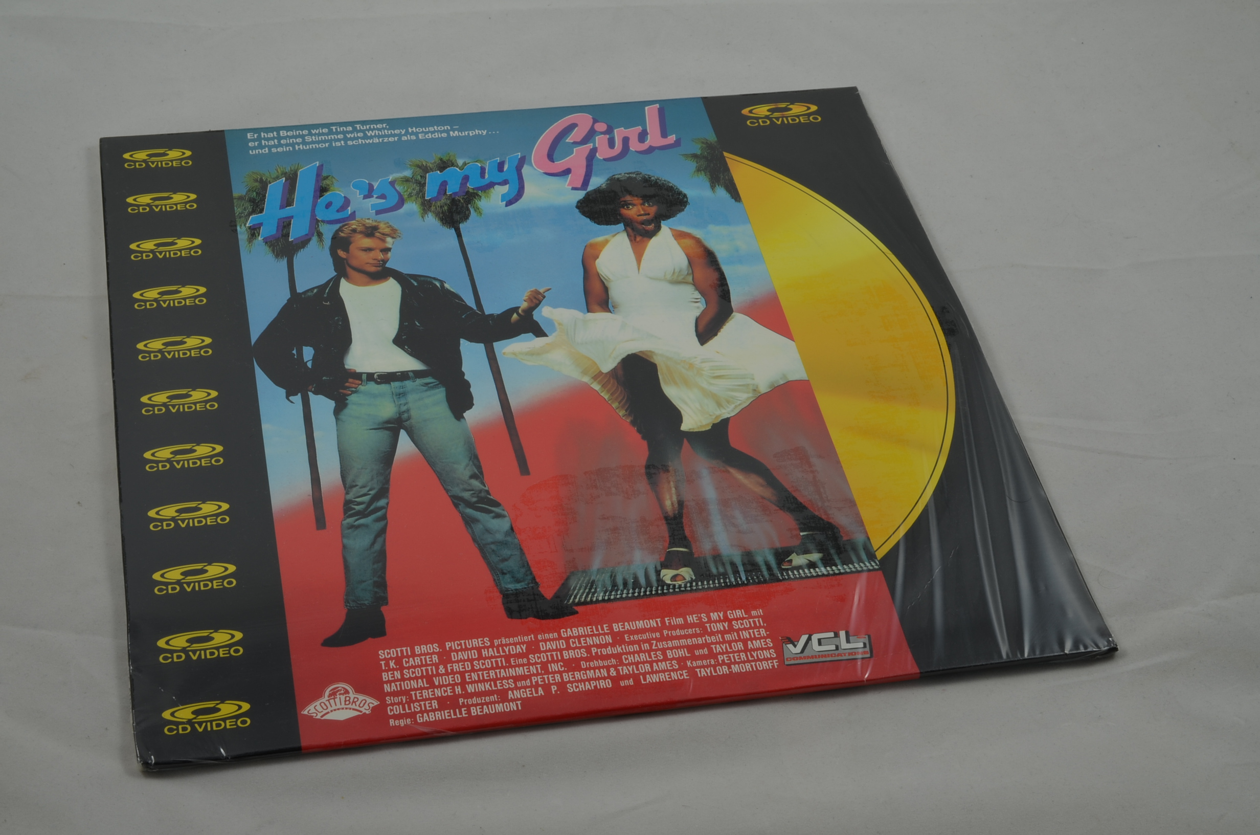 Produktbild von He's my Girl Laserdisc Pal Deutsch Defekt