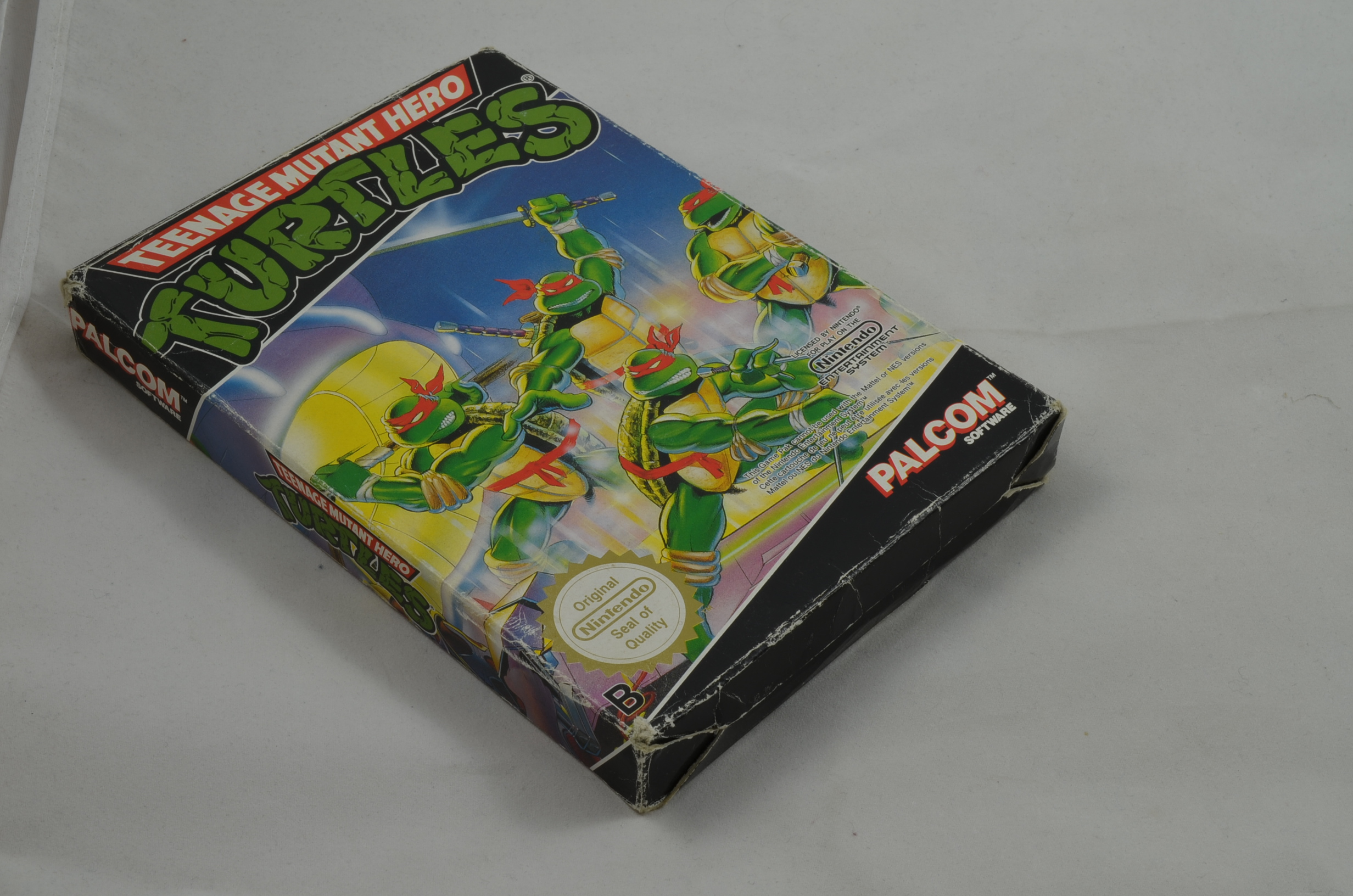 Produktbild von Teenage Mutant Hero Turtles NES Spiel CB